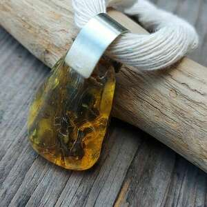 cynamonn: bursztynowy wisiorek naszyjnik z bursztynu (wisior z burszynem, naszyjnik z bursztynem)