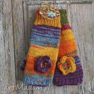 hand made rękawiczki mitenki z kwiatkiem