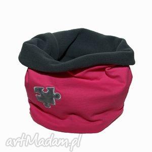 ręcznie robione ubranka komin różowy z szarym pomponem