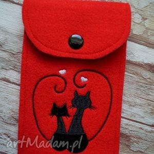 etui filcowe na telefon z haftem - zakochane koty, etui, smartfon, haft, kotki