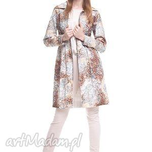 Płaszcz Samar, moda