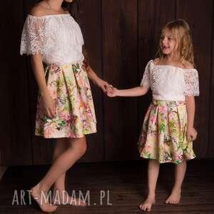 ręcznie robione bluzka/body koronkowe hawana dziecięce