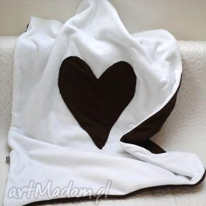 ręcznie robione pokoik dziecka kocyk (70x90) s - serduszko - basic czekoladowy