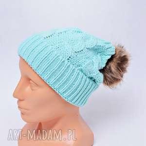 czapka z pomponem miętowa - czapka, zima, czapka-zimowa, pompon, czapka-z-pomponem