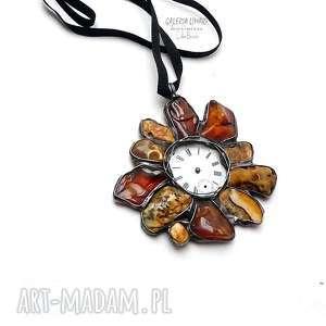 bursztynowy zegar, wisior niezwykle efektowny prezent handmade dla kogoś kto