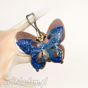 c241 wisiorek motyl miedziane emaliowane - wisiorek, srebrny, kolorowy, motyle