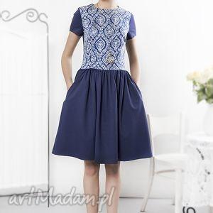 Granatowa sukienka z porcelanowym przodem, sukienka, retro, wzory, bawełna