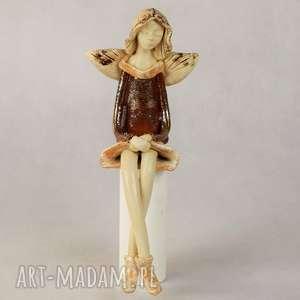 anna pokrzywnicka anioł ceramiczny siedzący, ceramiczny, wykonany