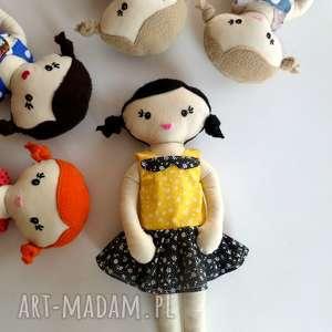 mała lala - włosy czarne, lala, lalka, szmacianka lalki dla dziecka