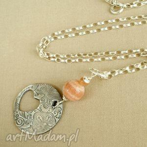 Naszyjnik z kamieniem słonecznym, delikatny, kobiecy, pastelowy
