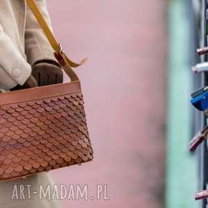 handmade na ramię torebka łuska duża koniak