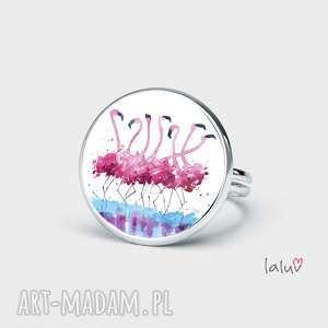 pierścionek flamingi, prezent, ptaki, różowe, kolorowe, egzotyczne, oryginalny