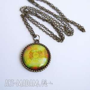 naszyjniki medalion, naszyjnik - mandala dobrego nastroju zdobiona, 2,5 cm