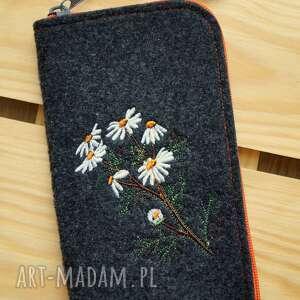Filcowe etui na telefon - polne kwiaty happyart smartfon