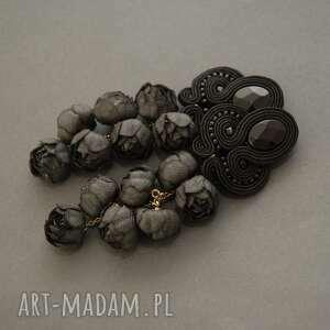 czarne klipsy sutasz z kwiatami, sznurek, wyjściowe, długie, eleganckie, wiszące