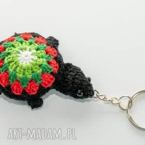 breloczek żółwik, na szydełku, kolorowy, mały, do plecaka, mały
