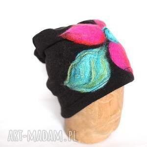 czesanką filcowane czapki wełniane e1, wełna