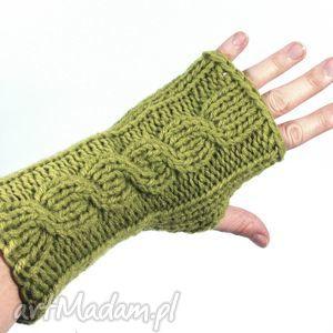 oliwkowe z warkoczem - rękawiczki, mitenki, warkocz, zima, bezpalczatki