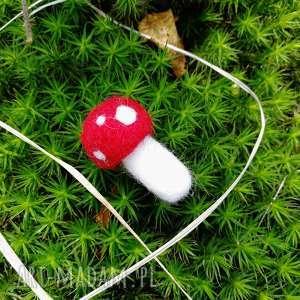 święta prezenty, muchomorek broszka, wełna, czesankowa, muchomorek, las