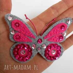 różowy motyl - broszka z filcu, motyl, broszka, filc, biżuteria, błyszczący
