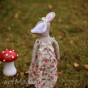 leśna bajka - sarenka alicja, sarenka, lalka, sukienka, różyczki