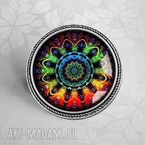 kolorowa mandala piĘkna broszka ze szkŁem w oprawie - szkło, barwna