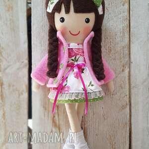 prezent na święta, malowana lala melania, lalka, przytulanka, niespodzianka