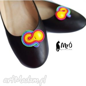 klipsy do butów - tęczowe , klipsy, soutache, sutasz, kolorowe