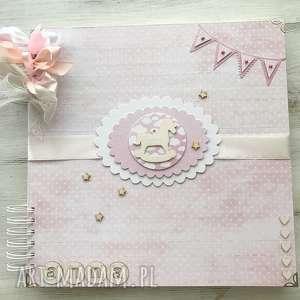 album - różowy z konikiem - dziewczyna, chrzest prezent, roczek