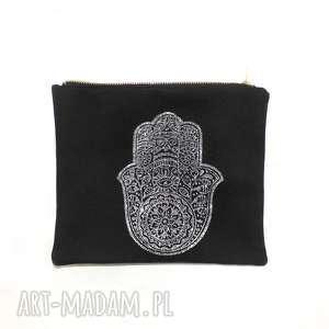 ręczne wykonanie torebki saszetka organizer piórnik black hamsa