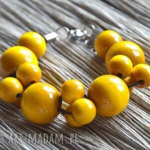 hand-made żółta bransoletka drewniana