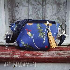 nerka mini łąka, kwiaty, saszetka, tkanina kwiaty torebka