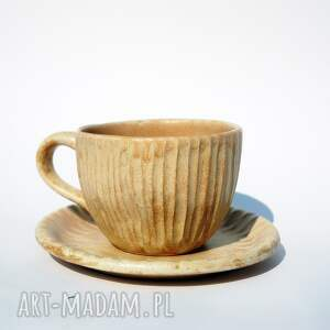 kubek hygge z talerzykiem piaskowy, hygge, skandynawia, herbata, kawa, komplet