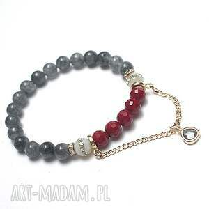 chain it - grey and carmine /07 04 20/chain