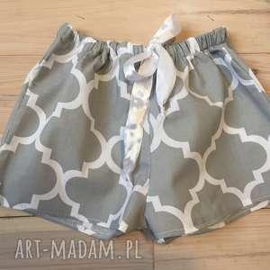 piżamowe szorty, spodenki od piżamy szara koniczyna marokańska