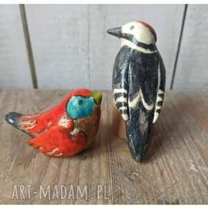ceramika zestw 2 ptaszków czarno-czerwonych, ceramika, ptak, dzięcioł, las