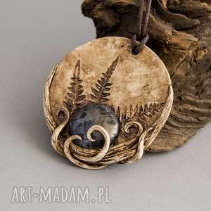 wisiorki wisior w formie medalionu z metaliczną ceramiką i odciskiem paproci