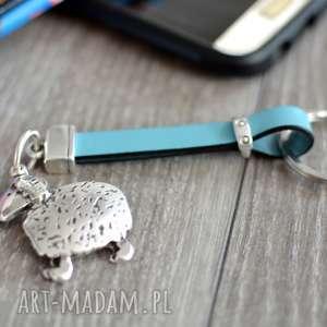skórzany brelok do kluczy owca jasnoniebieski, kluczy, breloczek