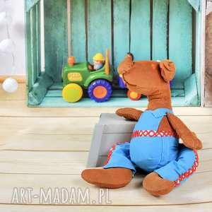 Piesek w ubranku, przytulanka,sesja foto, maskotka, pies, zabawka, sesja, przytulanka