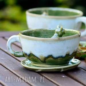 Prezent Ceramiczna filiżanka z figurką kota- zieleń - kremowy 250 ml Na prezent