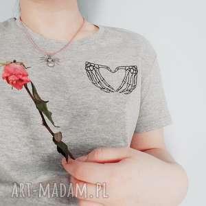 t-shirt z haftem love - ,koszulka,haft,t-shirt,oversize,love,szara,