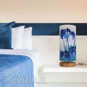 lampa nastrojowa niebieska irysy, drewno, bawełna, kwiaty, design, nastrój