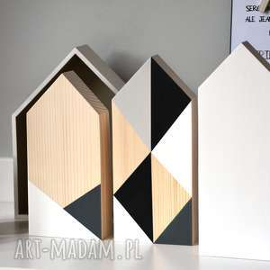 3 x domki drewniane, domki, domek, drewniany, drewno, geometryczny, trójkąt