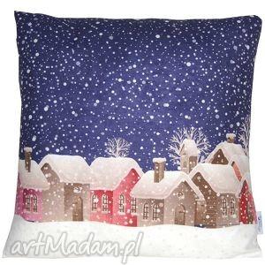 ręczne wykonanie pomysł na prezent pod choinkę poduszka zimowa wzór