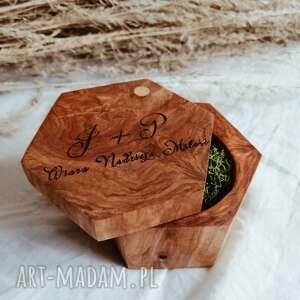 pudełko na obrączki drewniane z grawerem, rustykalne, drewniane, grawer, boho