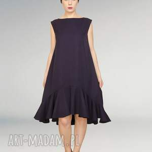 wełniana elegancka sukienka z falbaną, falbana, wełniana, sukienki