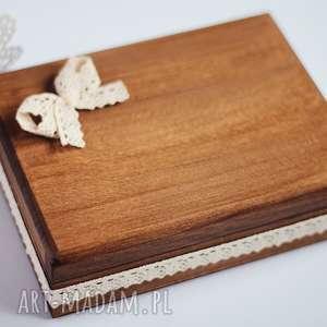 pudełko na obrączki 3 serca, drewno, koronka, pudełko, obrączki, rustykalne, eko