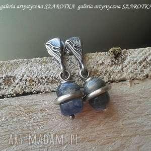 przepasane kolczyki z kianitu i srebra, kianit, kyanit, srebro oksydowane