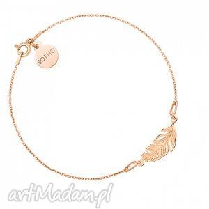 bransoletka z różowego złota piórkiem, modny, minimalistyczny, srebro, pozłacany