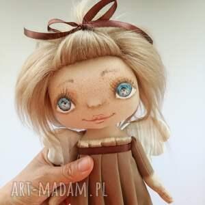 handmade dekoracje e-piet aniołek - dekoracja ścienna figurka tekstylna ręcznie szyta